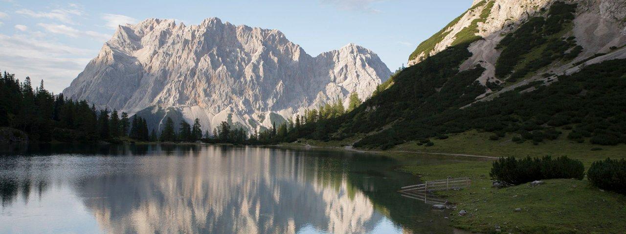 Der Seebensee mit Blick auf die Zugspitze, © Tirol Werbung / Bert  Heinzelmeier