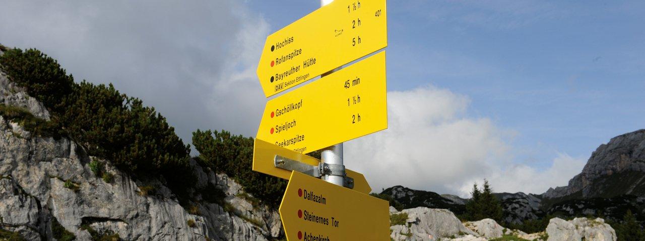 Wegweiser im Rofangebirge, © Tirol Werbung/Laurin Moser