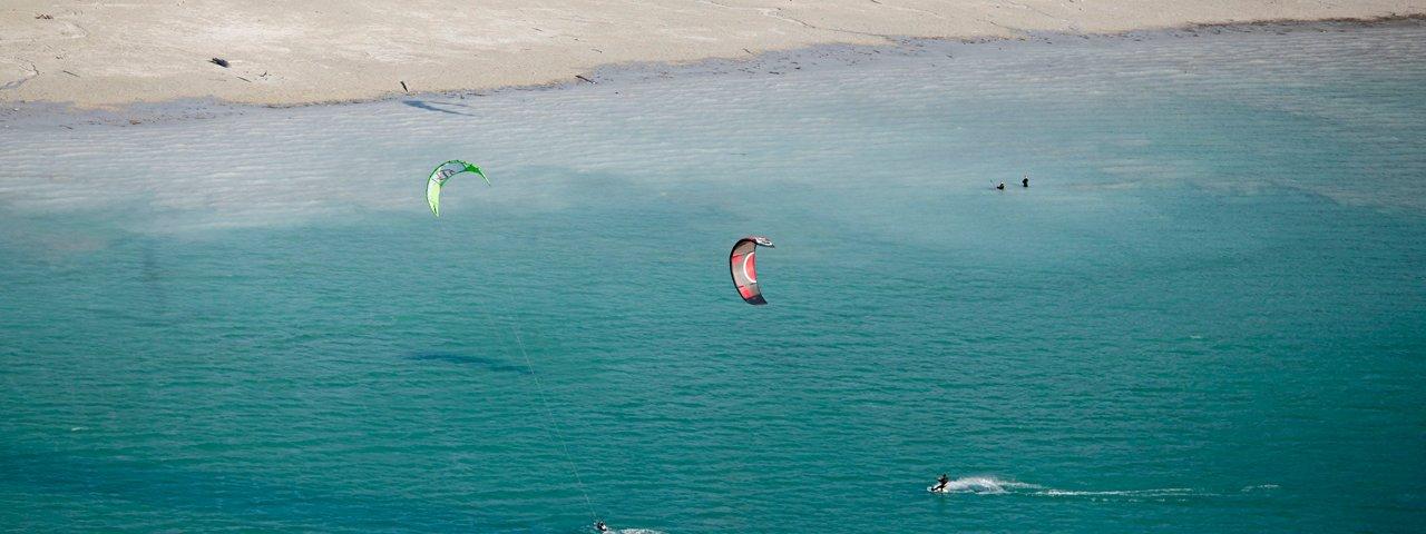 Kitesurfen am Achensee, Badestrand Buchau, © Achensee Tourismus