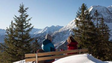 Auf dem Winter-Weitwanderweg in Seefeld, © Tirol Werbung / Frank Stolle