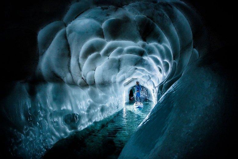 Eine unterirdische Welt aus Licht und Eis kann man im Natur Eis Palast bestaunen. Foto: Natureispalast / Erler