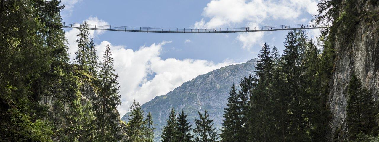 Hängebrücke bei Holzgau, © Tirol Werbung/Peter Neusser