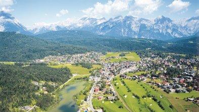 Seefeld mit Blick auf das Wettersteingebirge, © Olympiaregion Seefeld