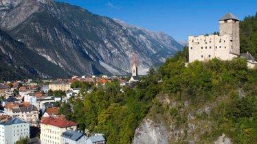 Schloss Landeck, © TVB TirolWest/ Albin Niederstrasser