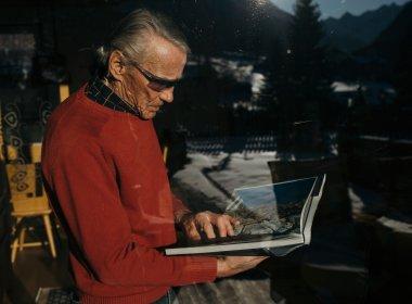 """Ob Bergführer Horst Fankhauser heute nochmal mit dem alten Equipment einen Berg besteigen würde? – """"Ohne Weiteres!"""""""