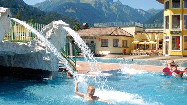 Erlebnisbad Mayrhofen, © Mayrhofen/ Foto Cicero Design & Druck Photography