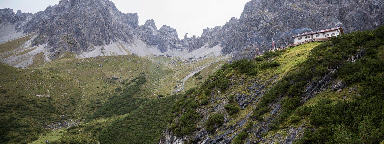 Steinseehütte in den Lechtaler Alpen, © Tirol Werbung/Dominik Gigler