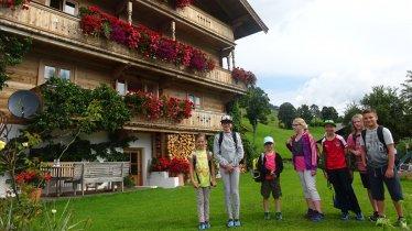 Die Gäste der Alpenschule Westendorf werden in authentischen Bauernhöfen untergebracht, © Alpenschule Westendorf