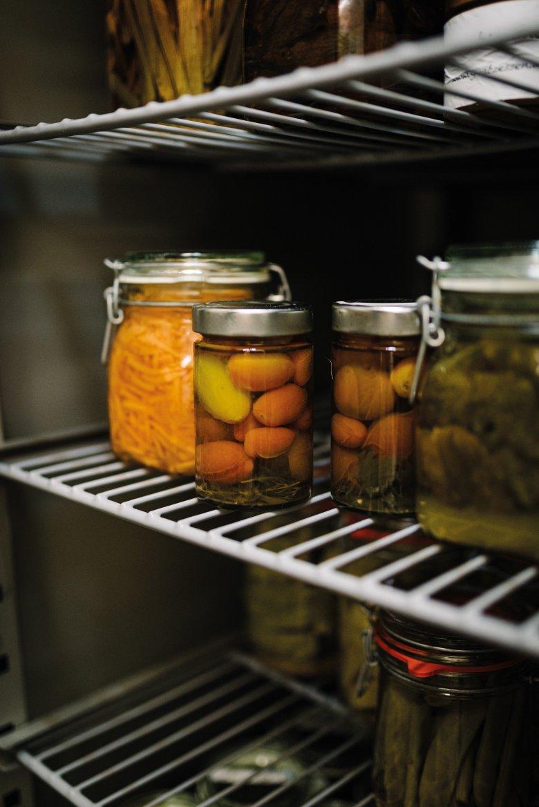 Kein karger Winter: Tomaten, Spargel, gelbe Rüben – die Vorratskammern von Peter Fankhauser sind gefüllt mit der sommerlichen Ernte.