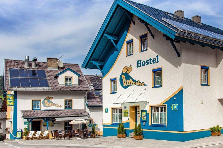 Das Rutsche Hostel mit Pub gleich nebenan.