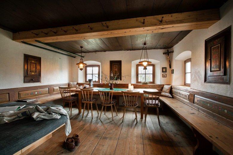Auch beliebt als Co-Working-Space oder für Workshops: Die Stube im Mesnerhof. (Foto: Mesnerhof/Harald Eisenberger)