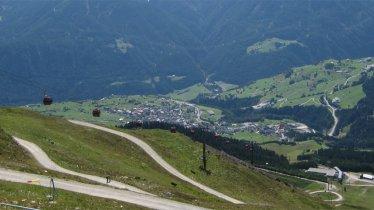Blick nach Fiss, Serfaus und den Kaunergrat, © Tirol Werbung
