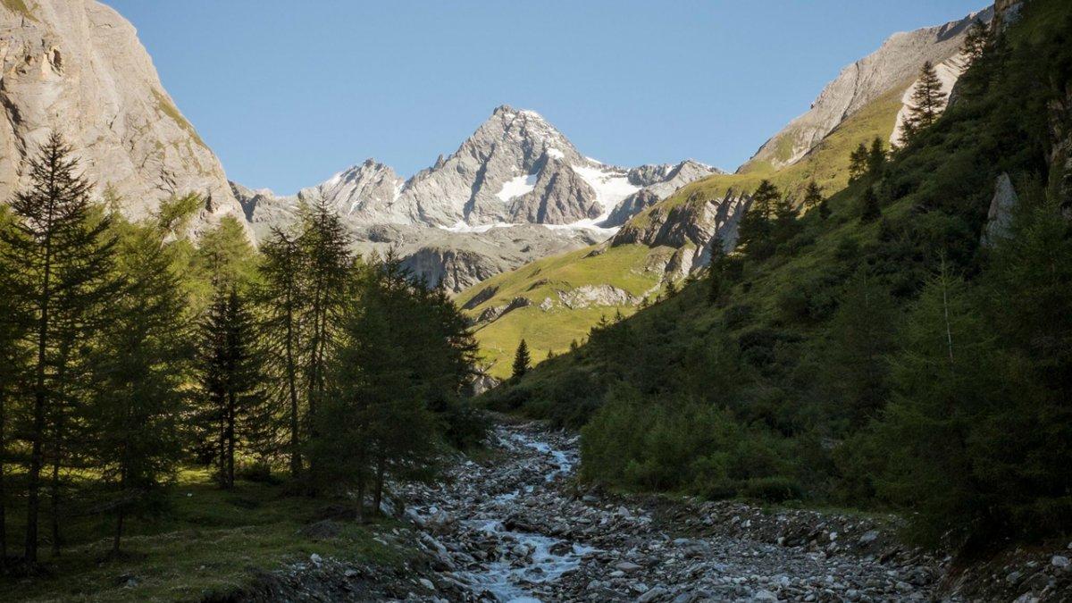 Adlerweg: Blick zum Großglockner, Österreichs höchstem Berg, © Tirol Werbung