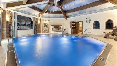 Indoor-Pool_Hotel Riedl_Kössen_(c) Alex Gretter (3, © Hotel Riedl_ (c) Alex Gretter