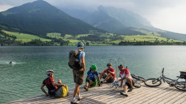 A refreshing dip in the Walchsee lake, © Tirol Werbung / Neusser Peter