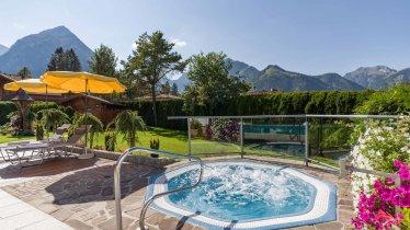 Hotel_KArlwirt_Hnr_26_Pertisau_09_2020_Whirlpool_1, © Hotel Karlwirt