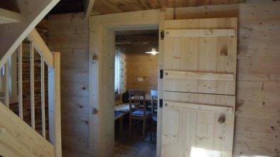 Vorraum mit Blick in die Küche