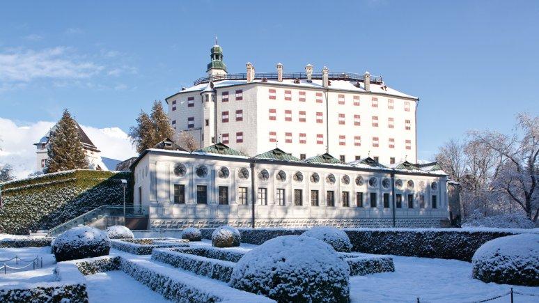 Schloss Ambras im Winter, © TVB Innsbruck/Christoph Lackner