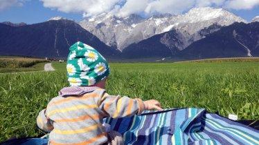 Kurze Rast am Mieminger Plateau, © Tirol Werbung