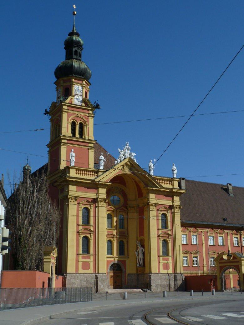 Das Stift Wilten in Innsbruck, wirklich vom Riesen Haymon erbaut? Foto: Tirol Werbung/Bernhard Aichner