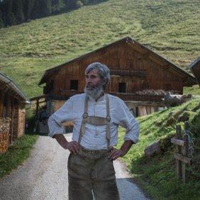 Johann Schönauer von der Schönangeralm, © Tirol Werbung/Bert Heinzlmeier