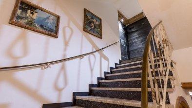 Hotel Gasthof Felsenkeller Kufstein Stiegenhaus, © Hannes Dabernig