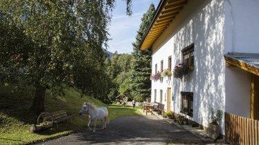 Kräuterbauernhof Sagenschneider's in Ried, © Tirol Werbung/Lisa Hörterer