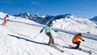 Schifahren, © Wer wird wohl schneller sein?