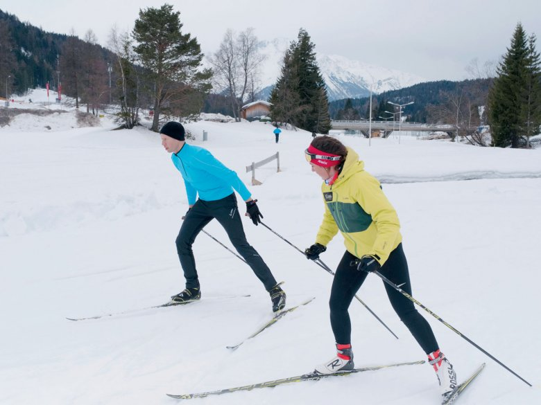 Geht doch! In guten Momenten scheint man beim Skaten über den Schnee zu schweben.