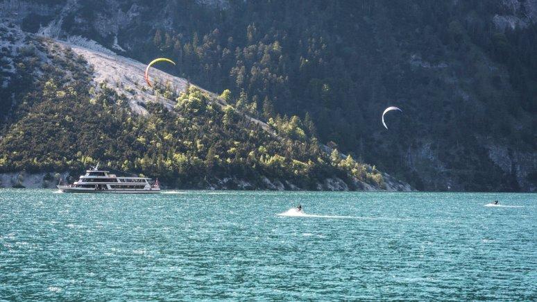 Kitesurfer am Achensee, © Achensee Tourismus