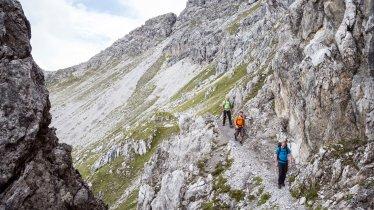 Bergtour von der Hanauerhütte zum Württemberger Haus, © Tirol Werbung/Dominik Gigler