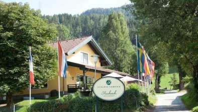 Schloss-Camping Aschach in Volders, Tirol