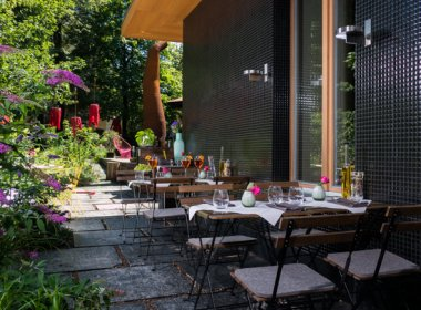 Ob modern oder traditionell, hip oder altbewährt. Innsbruck hat viele schöne Gastgärten und Terrassen zu bieten. © Nala