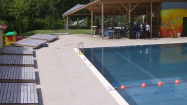 Schwimmbad Mieders, © Serlesbahnen Mieders