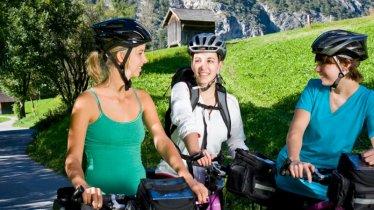 Radtour ins Brennereidorf, © TVB TirolWest/ Daniel Zangerl