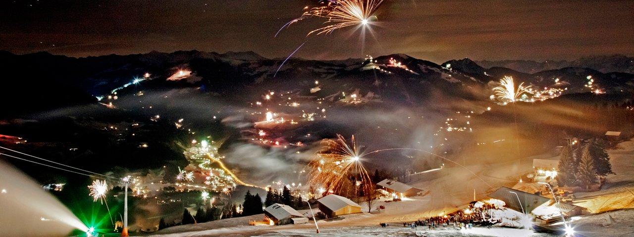 Raketen über den Kitzbüheler Alpen: Silvester auf der Hohen Salve ist ein besonderes Erlebnis, © Thomas Trinkl