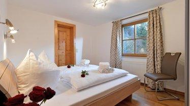 Appartement-Holzleitner-Jochberg-Schlafzimmer
