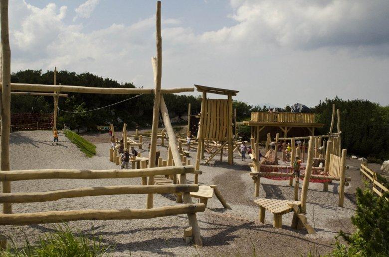 Robinienpark im Triassic Park. , © Rudi Manesch