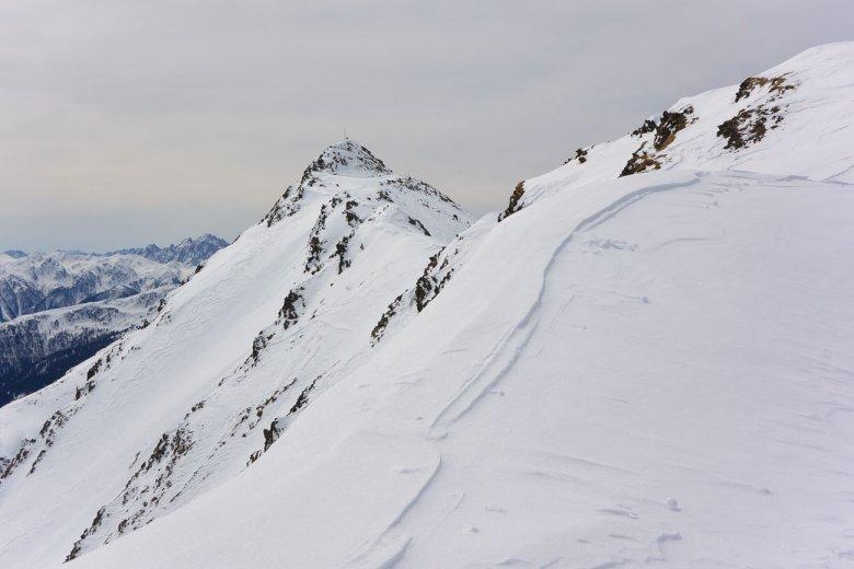 Sieht schwieriger aus als er ist: Der Gipfelgrat zum roten Kinkele.