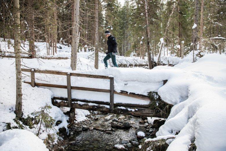 Wo nicht gespurt wurde, ist ohne Schneeschuhe kein Durchkommen.