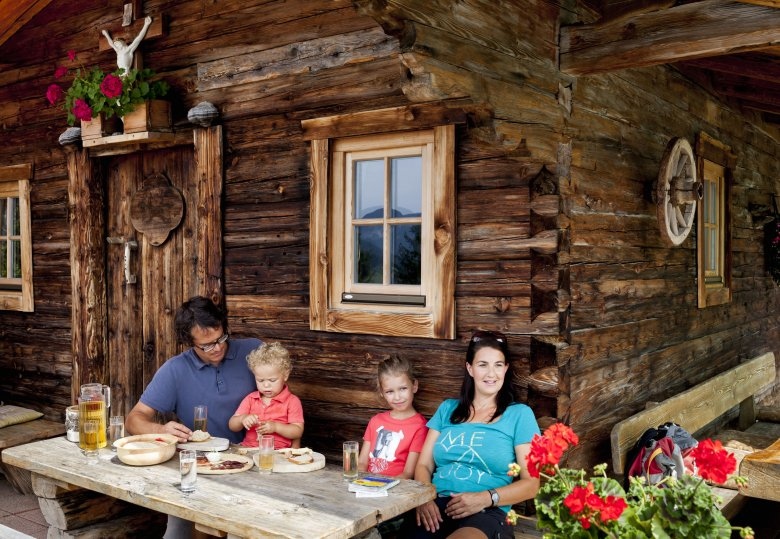 Alte Tiroler Vornamen für Kinder