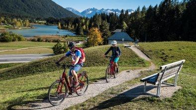 E-Biken und Radfahren in Seefeld, © Olympiaregion Seefeld, Andreas Kern
