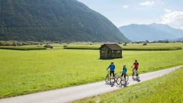 Gurgltal Radweg zwischen Imst und Nassereith, © Tirol Werbung/Frank Bauer