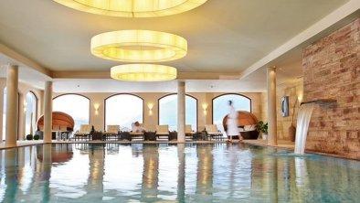 Alpeiner Nature Resort-Schwimmbad.jpg