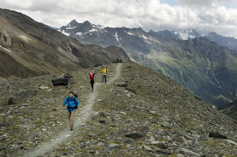 Wanderungen in den Ostalpen, wie zum Beispiel am Großglockner, sollten zu keiner Höhenkrankheit führen.