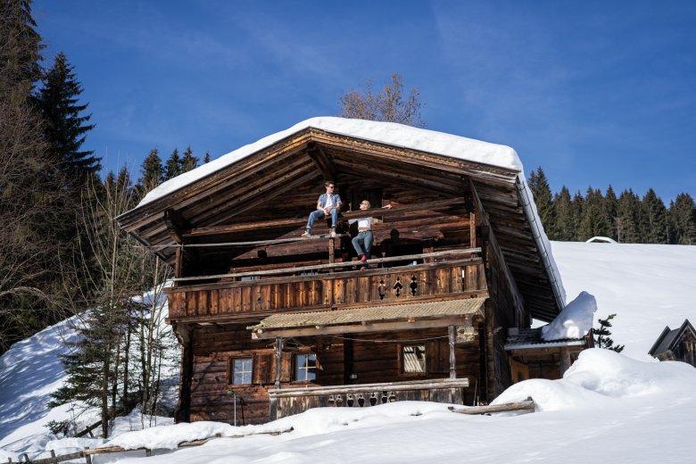 Ganz schön urig: Die Gföllhütte ist mehr als 350 Jahre alt und liegt auf 1.030 Metern Höhe in den Kitzbüheler Alpen.