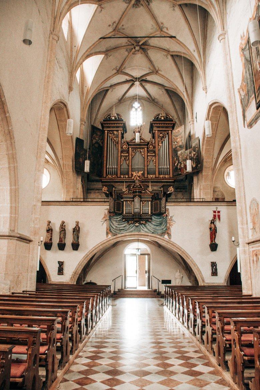 St. Andrä: Die gotische Basilika ist eine echte Rarität in Tirol.