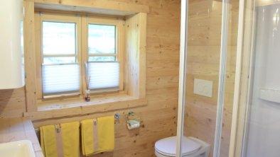 """Badezimmer - der """"kleine"""" Luxus auf der Alm"""