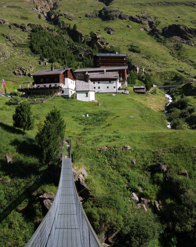 Die Rofenhöfe bei Vent sind die höchst gelegenen ganzjährig bewirtschafteten Bergbauernhöfe Österreichs. , © Tirol Werbung, Bernhard Aichner