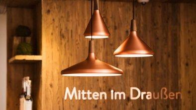 """""""Mitten im Draußen"""" - Empfang - Hotel Outside, © Andre Schönherr"""